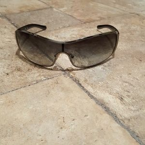 PRADA Unisex Sunglasses Hardly Worn